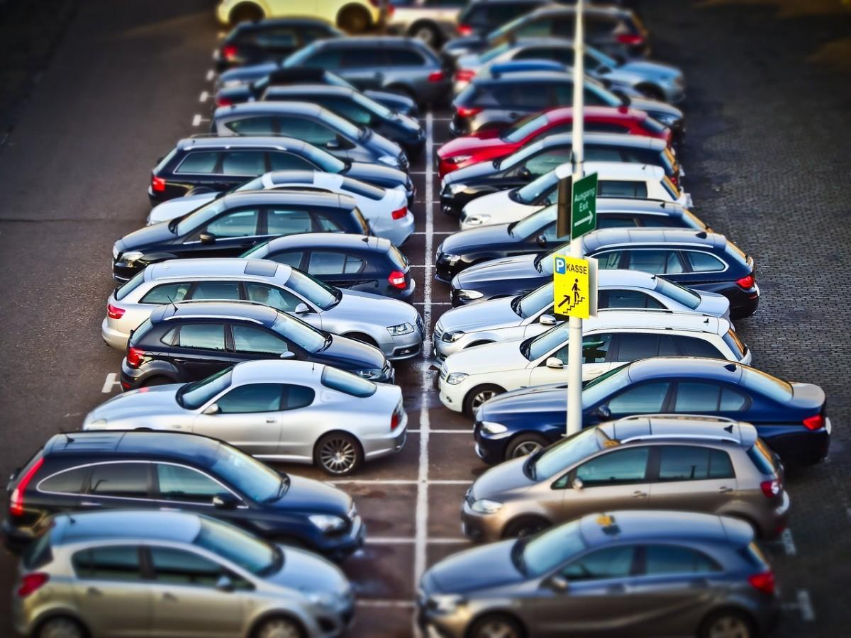 parking-przy-lotnisku